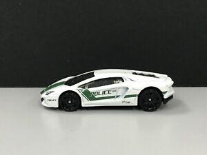 2020 Hot wheels > Lamborghini Aventador Coupe Police White ...