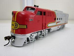 Bachmann-HO-Scale-Locomotive-Train-Diesel-Santa-Fe-Flyer-DCC-On-Board