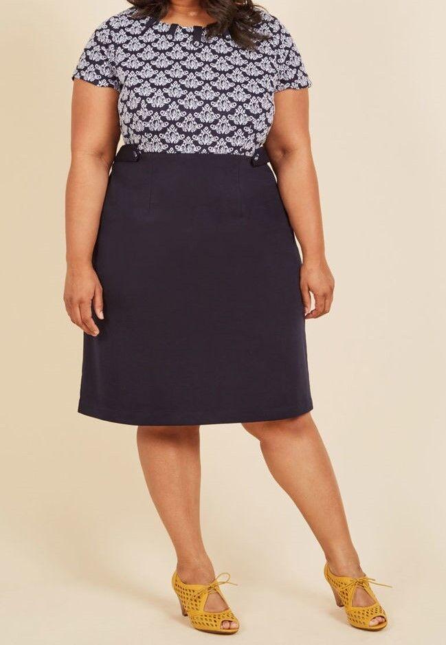 Modcloth Brand Plus Size 2X 3X Navy bluee Damask Textured Knit Sheath Dress