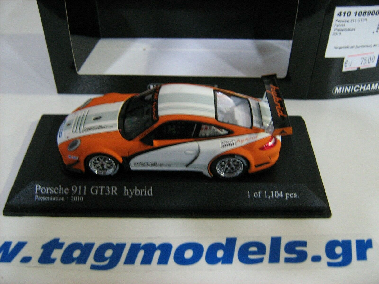 MINICHAMPS 1 1 1 43 PORSCHE  911 GT3R HYBRID 2010 BRAND NEW -BOXED bec332