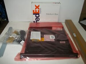 NEW-IBM-1723-HC1-17-034-Rackmount-1U-Flat-Panel-LCD-counsel-with-rails-no-keyboard