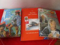 3 Jugendbücher - Die drei Musketiere + Im Bau der Füchse u.s.w.   /S108
