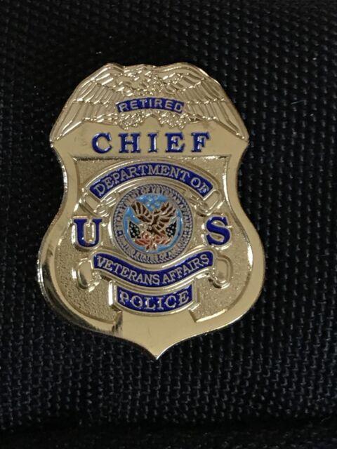 VA Veterans Affairs Police Chief Mini Badge Lapel Pin Gold