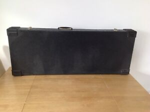 Flight-Case-for-a-variety-of-musical-instruments-42-034-x16-034-x4-034-fleece-lined