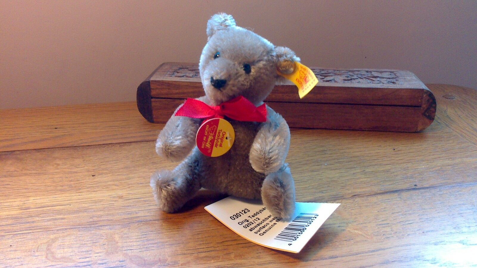 A Steiff 1991 - 9 Original Bendy Caramel Teddy Bear Mohair 12cm EAN 030123