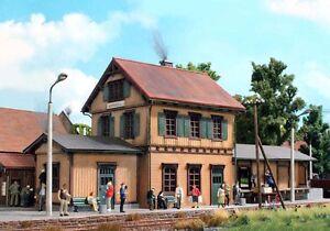 SH-Busch-1468-Bahnhof-Kupferzell-Bausatz-Fabrikneu