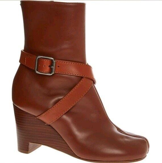 MAISON MARTIN MARGIELA Wedge Tabi Boots with Straps - Brown - UK 4 EU 37
