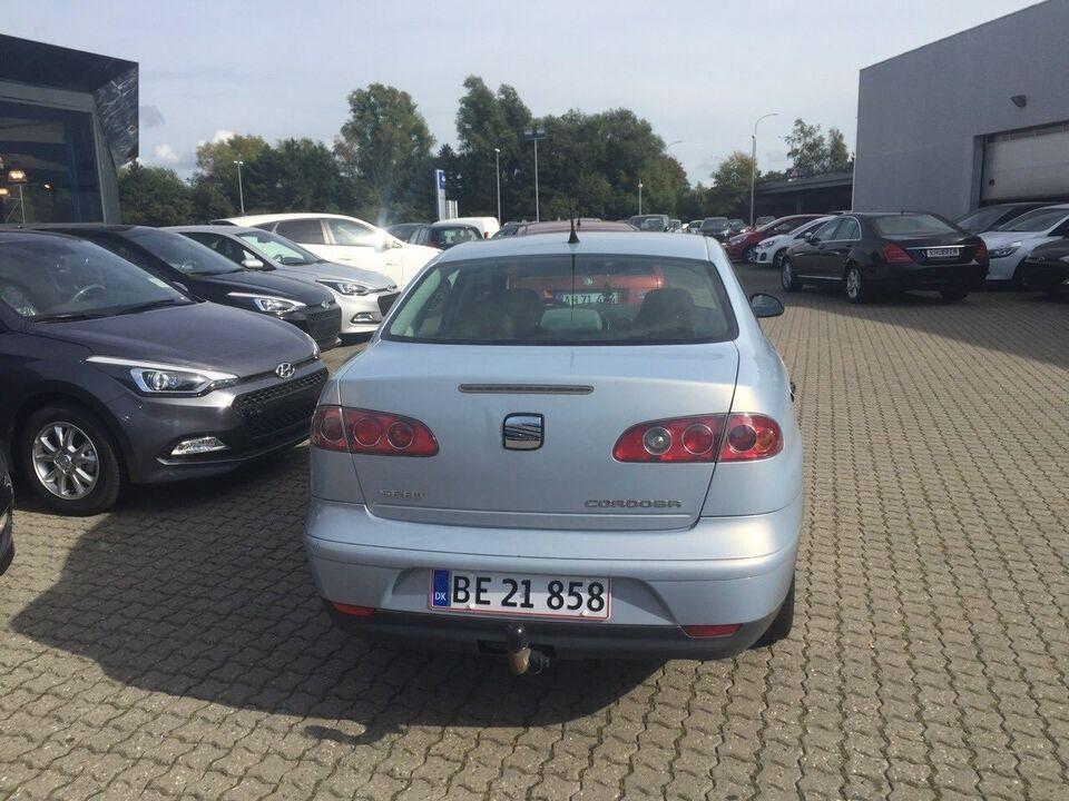 Seat Cordoba 1,4 16V 100 Sport Benzin modelår 2003 km 246000