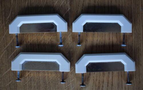 Laiton Couleur aluminium et Crème Plastique Tiroir Poignées utilisé avec vis