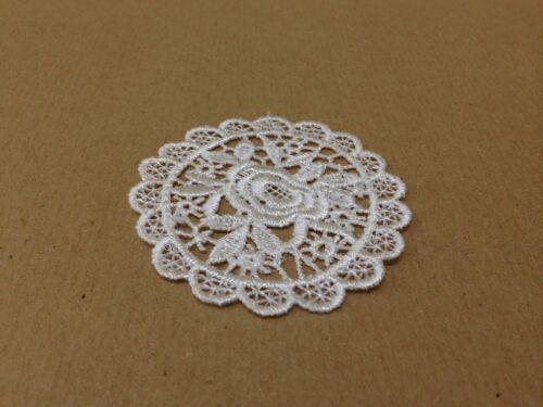 10 X Vintage Bianco Fiore Pizzo Motivi Patch da Cucire Sew sul bastone su