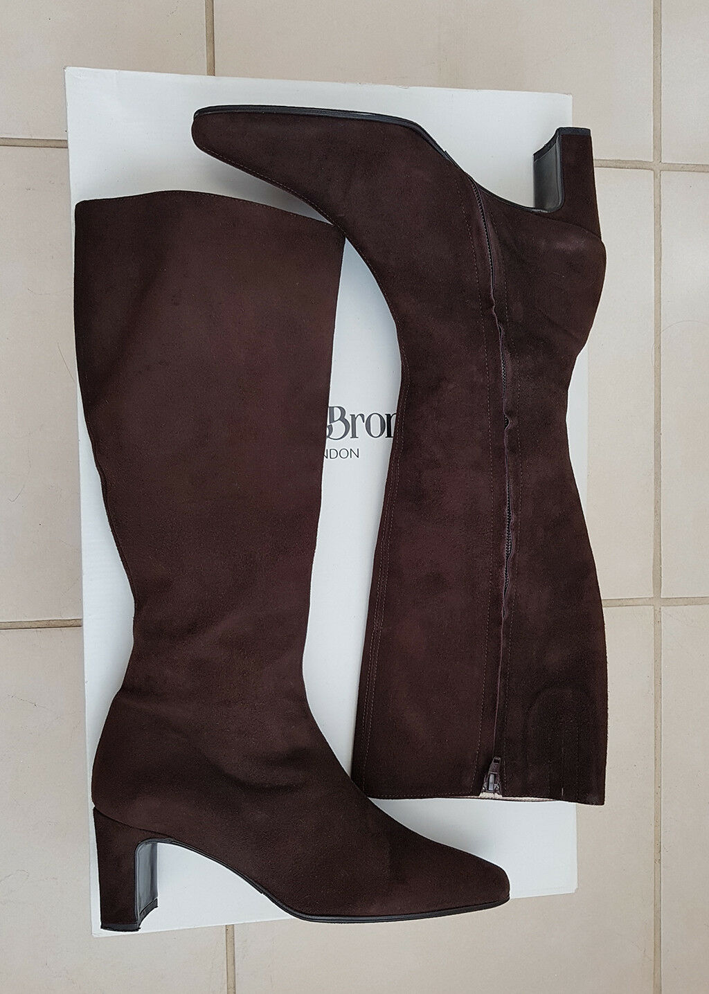 9861b94212b8f9 Russell Russell Russell & Bromley Marron Chocolat Daim Bottes Longues Cuir  Doublure MADE IN ITALY | élégant c937d8