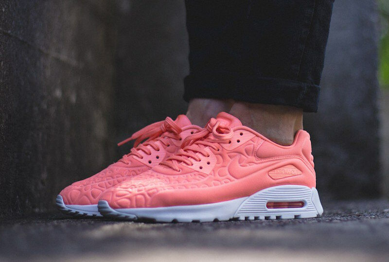 NIKE AIR MAX 90 ULTRA PLUSH ,,ATOMIC PINK' 844886 600 Wmn Sz 6.5 Limit Edition
