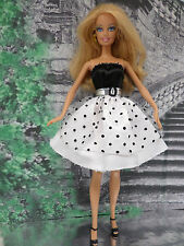 Barbie Kleidung  ❤  KLEID schwarz weiß Punkte  ❤  FÜR BARBIE, ANNA  ELSA.....