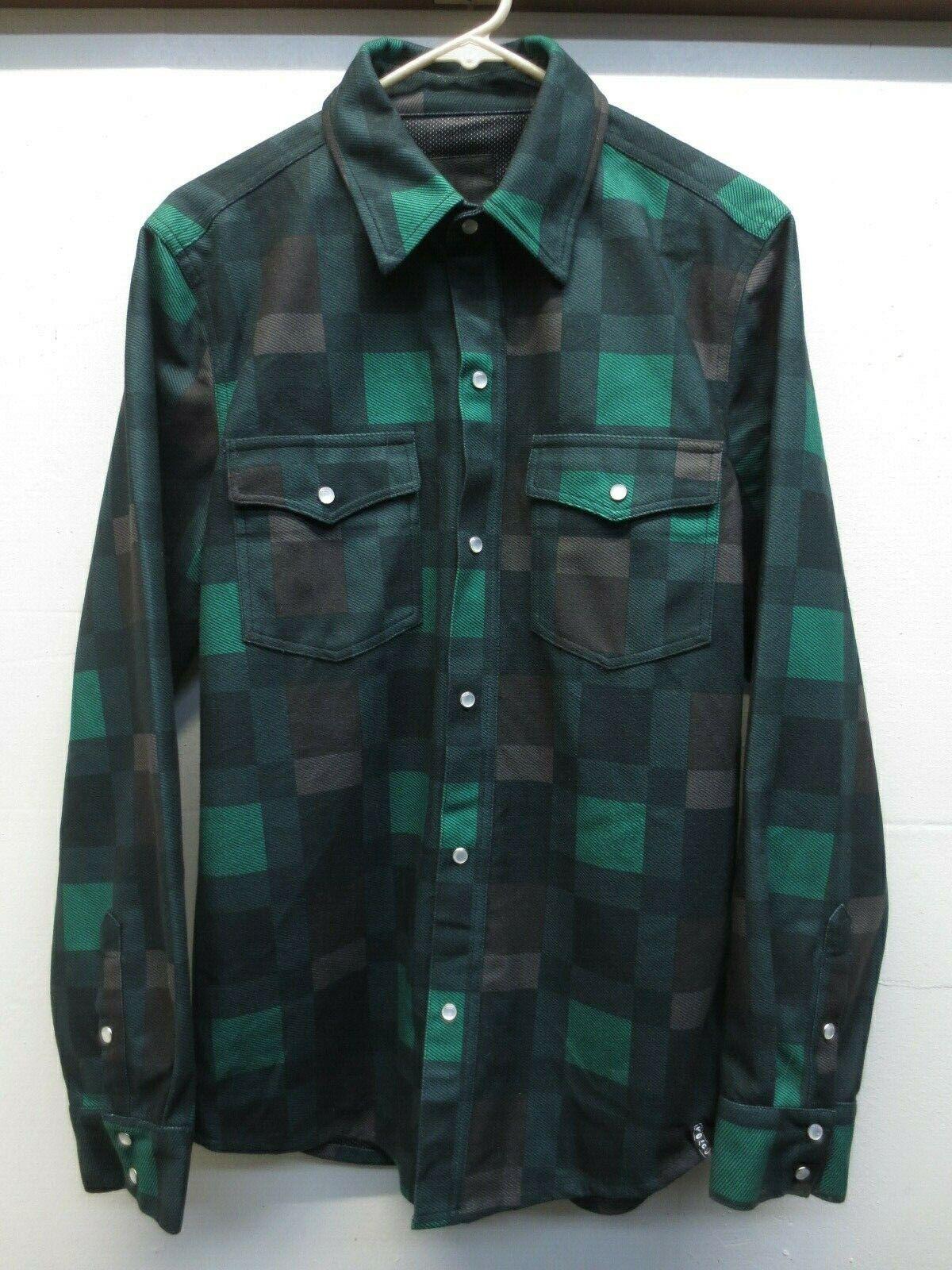 EUC Volcom AKA Bonded Flannel Field Green Plaid Pearl Snap Shirt Jacket Sz Small