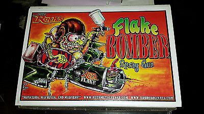 Lil' Daddy Roth Metal Flake HVLP Spray Gun - Flake Bomber - 2.5mm Tip