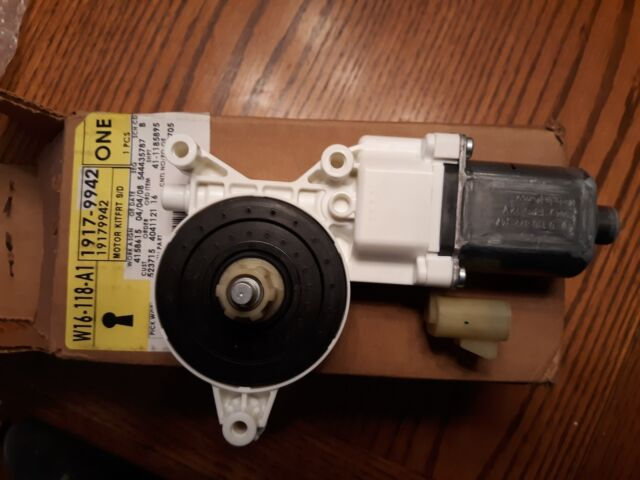 GM OEM Front Door-Window Motor 19179942