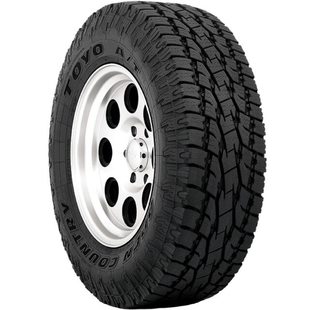 4 P235 75r15 Toyo Open Country A T Ii 105s Owl Tires Ebay