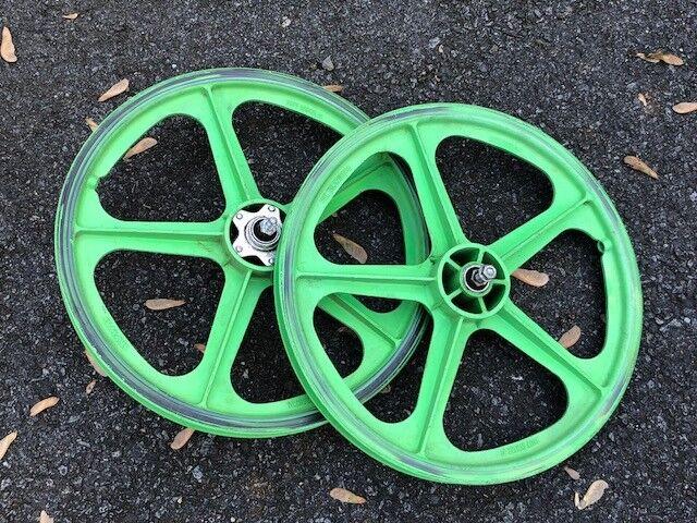 BMX Green Skyway Tuff Wheel 2 Mag Wheel Set 20  Freewheel Haro Redline