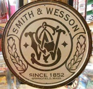 Smith-Wesson-S-amp-W-Logo-Vintage-Tin-Ad-Sign-Retro-Gun-Game-Room-Garage-Cave-Bar