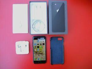 APPLE-iPhone-7-Black-32-GB-Model-A1778-Kit-coque-cuir-glass-gorillaz-tres-Bon