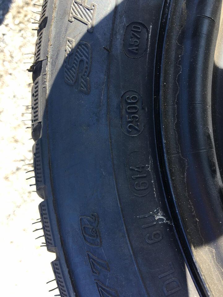 Dunlop 165/65-13 med Ford stålfælge