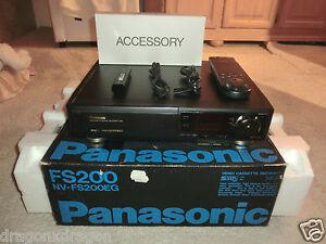 Panasonic-NV-FS200-High-End-S-VHS-Videorecorder-komplett-in-OVP-2J-Garantie