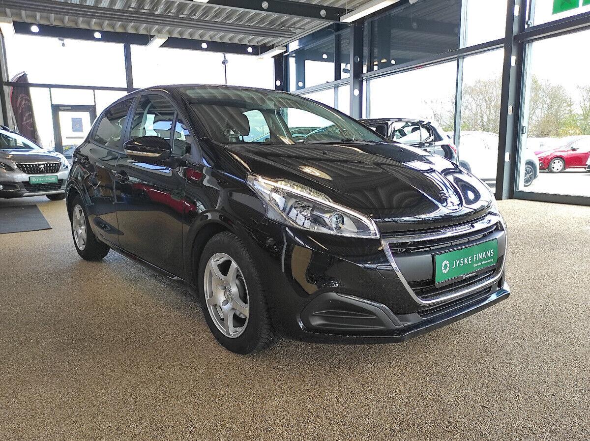 Peugeot 208 1,6 BlueHDi 100 Envy 5d - 117.500 kr.