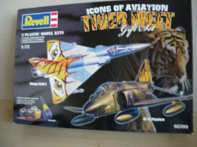 Revell Icons of Aviation - Tiger Meet - Gift Set 05709