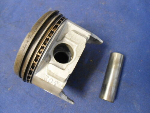 Ford 302 2 BBL 6556 Standard Piston Assembly and Rings Mercruiser 888,
