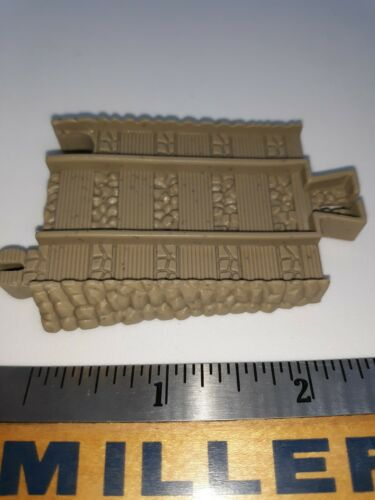 Tomy Trackmaster Thomas And Friends Train Track adapter blue to beige part