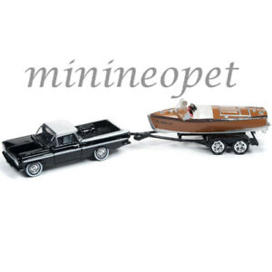 1959 CHEVROELT EL CAMINO BLACK W//BARRELBACK BOAT 1//64 JOHNNY LIGHTNING JLBT011 A