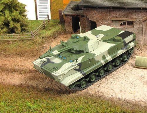 1 72 BMP-3 Soviet Armourouge Personnel Carrier Diecast model 107 Eaglemoss