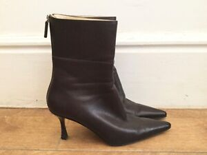 Gucci brown leather boots ankle booties