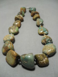ONE-OF-LARGEST-VINTAGE-NAVAJO-ROYSTON-TURQUOISE-NUGGET-STERLING-SILVER-NECKLACE