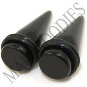 0615-Black-Stretchers-Tapers-Expenders-11-16-034-Inch-18mm