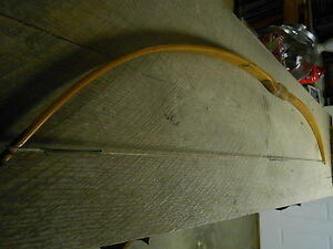 VINTAGE-INDIAN-ARCHERY-CO-WOODEN-RECURVE-BOW-WITH-STRING