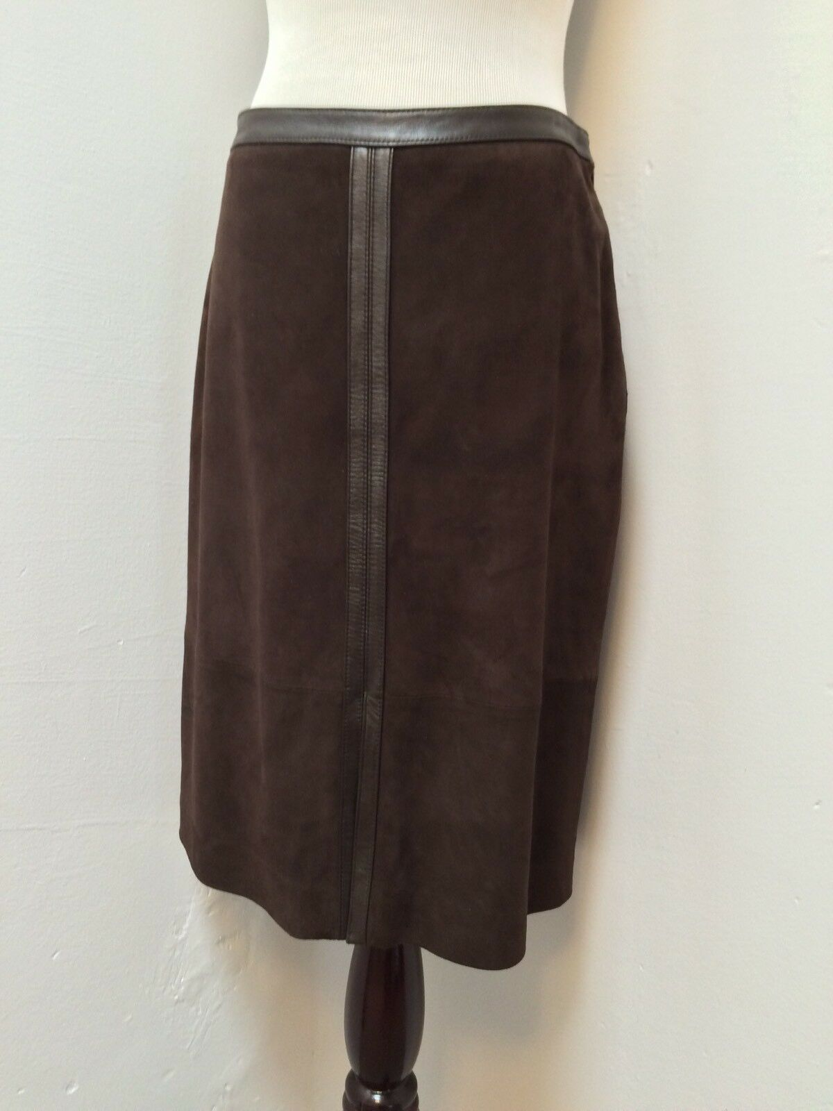 Ann Taylor Suede and Leather Pencil Skirt Knee Length Chocolate Brown sz 2