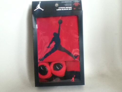 AUTHENTIC NIKE JORDAN 3 PIECE BABY INFANT NEWBORN GIFT SET IBSP51173 RED