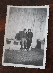 Vintage-Photographie-snapshop-1940-prisonnier-Aubigny-soldat-guerre