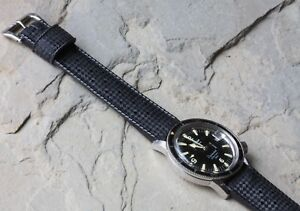 Vintage-Swiss-Tropic-18mm-band-curved-ends-to-1960s-super-compressor-dive-watch