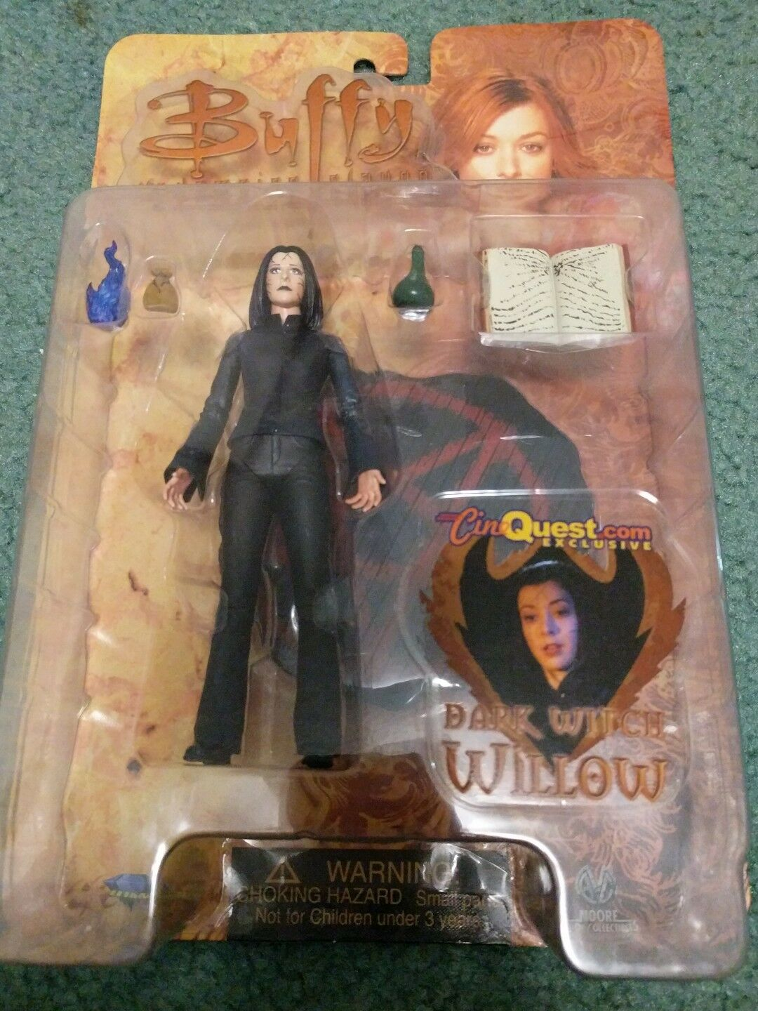 Buffy the Vampire Slayer Dark Witch Willow CineQuest  SDCC exclusive figure