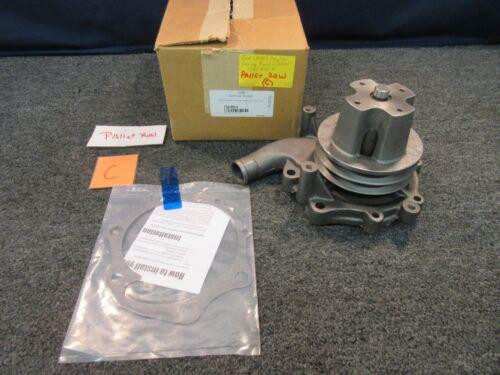 Ford 7.8L 6.6L Diesel Engine Water Pump F1HZ-8501-D CF7000 CF8000 f-600 700 800