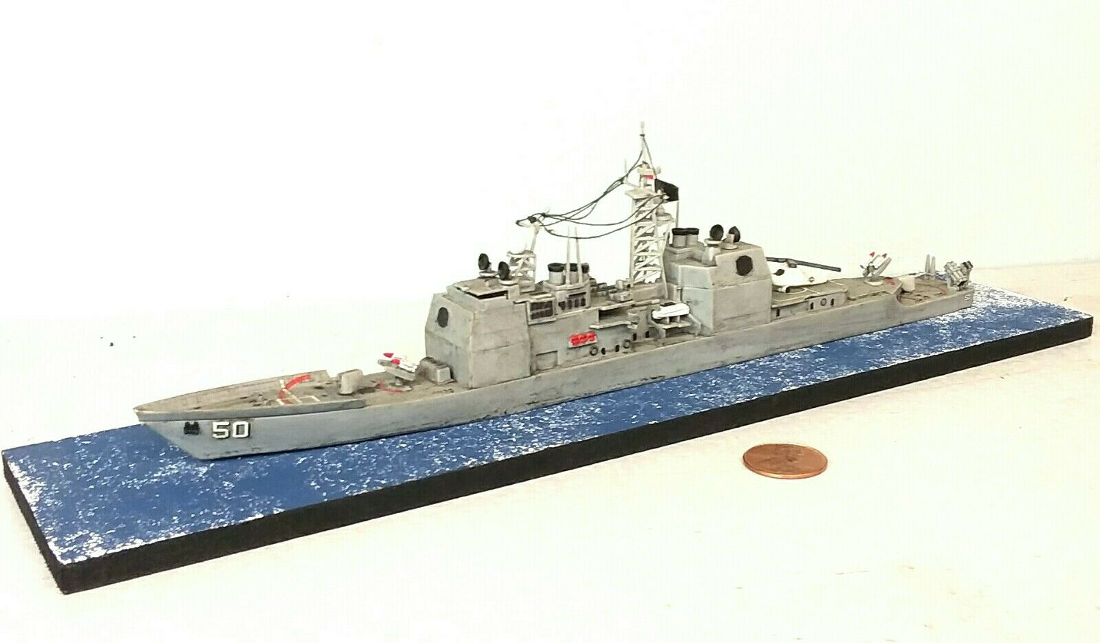 1 700 Scale Built Plastic Model Ship USS Valley Forge CG-50