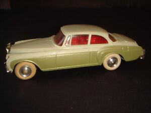 Corgi Toys Bentley Continental Sports Saloon 224 Vert Pale Et Fonce