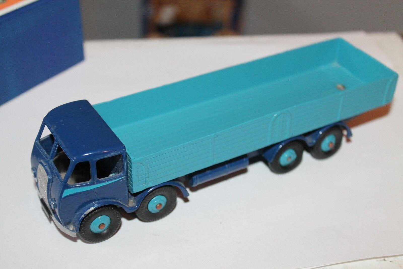 DINKY toys 501  Foden Diesel 8-wheel wagon