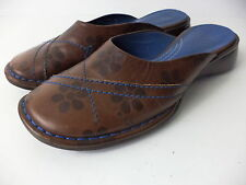 INDIGO BY CLARKS BROWN LEATHER MULE WITH DAISIES AND BLUE TRIM SHOE SZ 6M BRAZIL