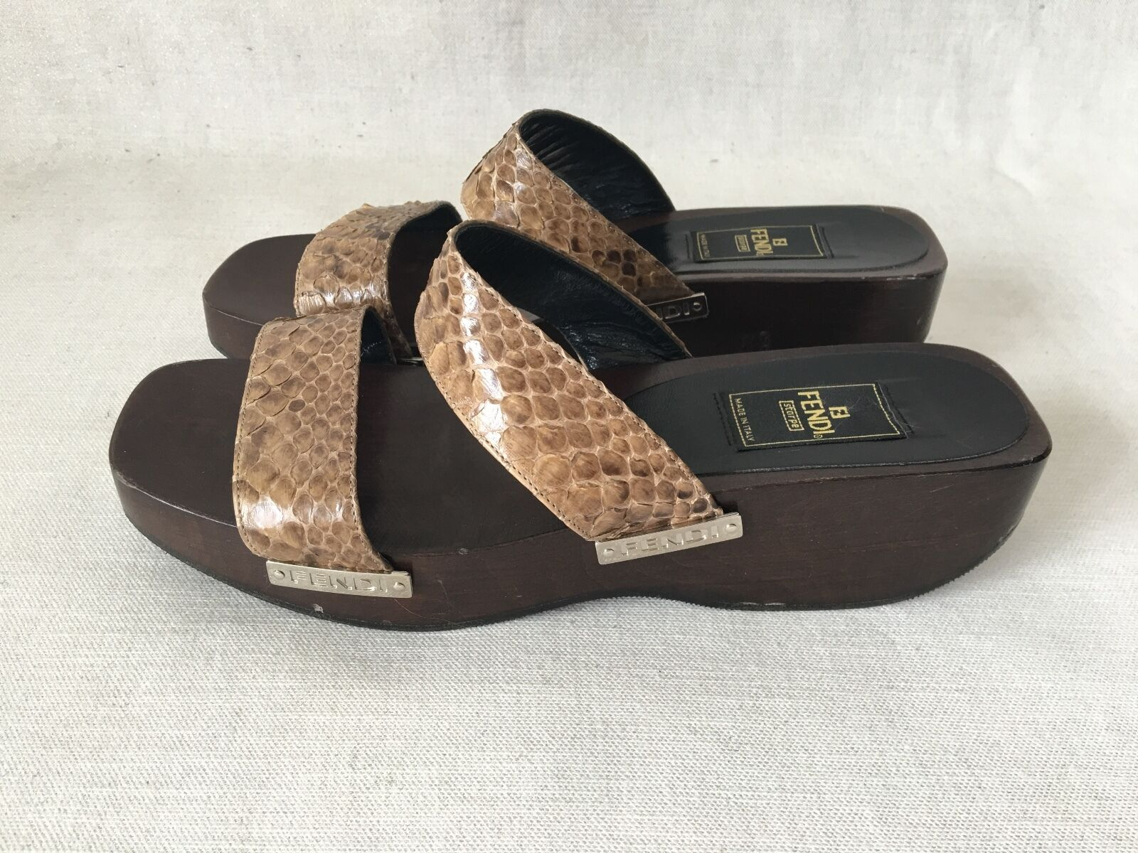 Fendi Brown, Tan Patent Leather Snakeskin wooden Clogs, Wedge Sandals. 38,1/2