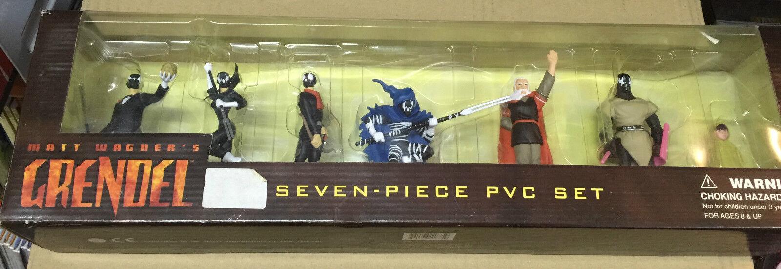 Matt Wagner´s Grendel Seven Piece Pvc Set, Nuevo