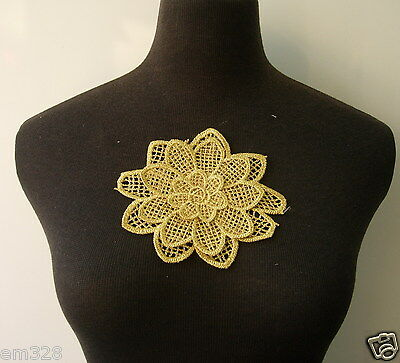 VT227 Tier Petal Flower Metallic Gold Trim Lace Applique Motif