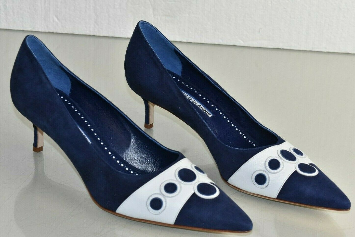 NEW Manolo Blahnik Pumps BB Suede Navy bluee White Kitten Heel Leather shoes 41.5